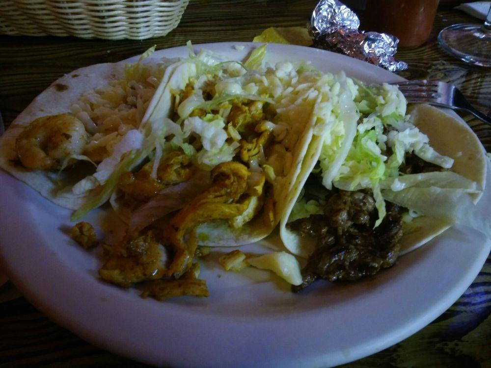 El Manzanillo Mexican Restaurant: 737 Cook St, Royston, GA