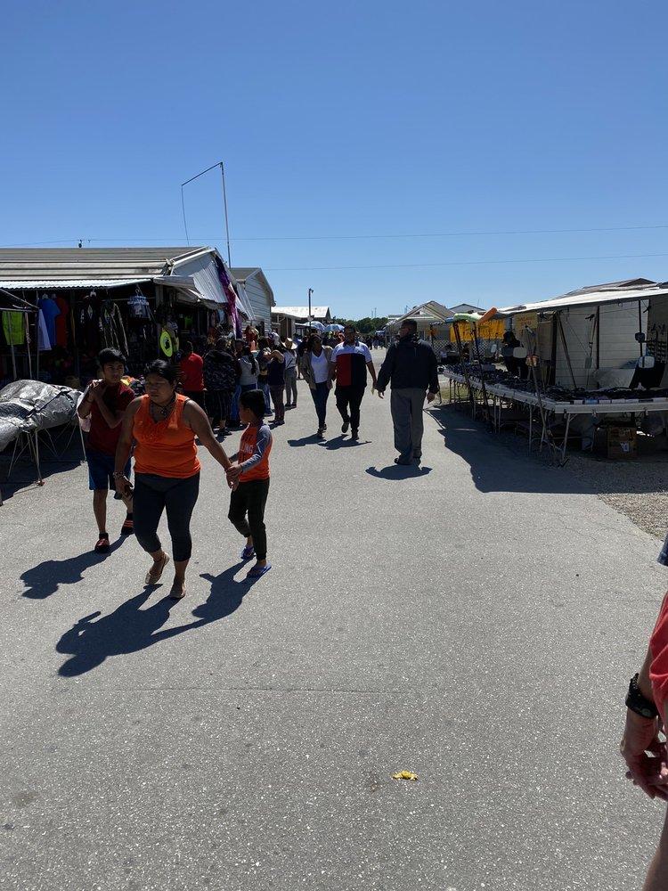 Ortiz Avenue Flea Market: 1501 Ortiz Ave, Fort Myers, FL