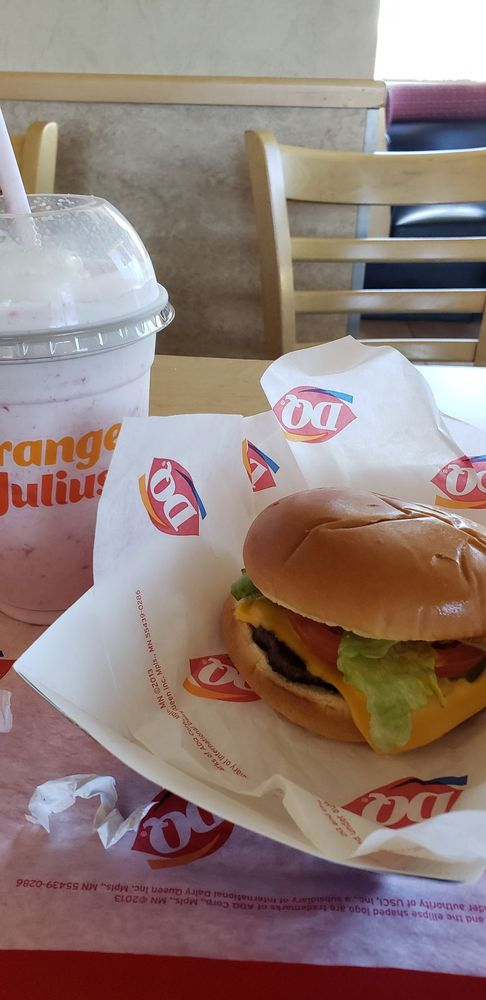 Dairy Queen Grill & Chill: 56265 State Highway 371, Anza, CA