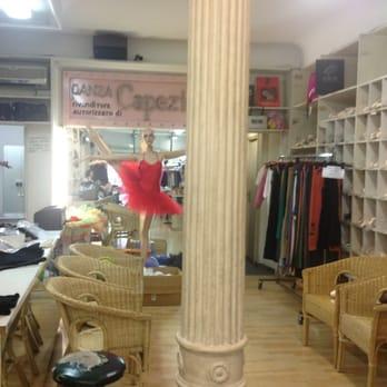 official photos bea41 9d076 Danza Baazar - CHIUSO - Abbigliamento sportivo - Via Cavour ...
