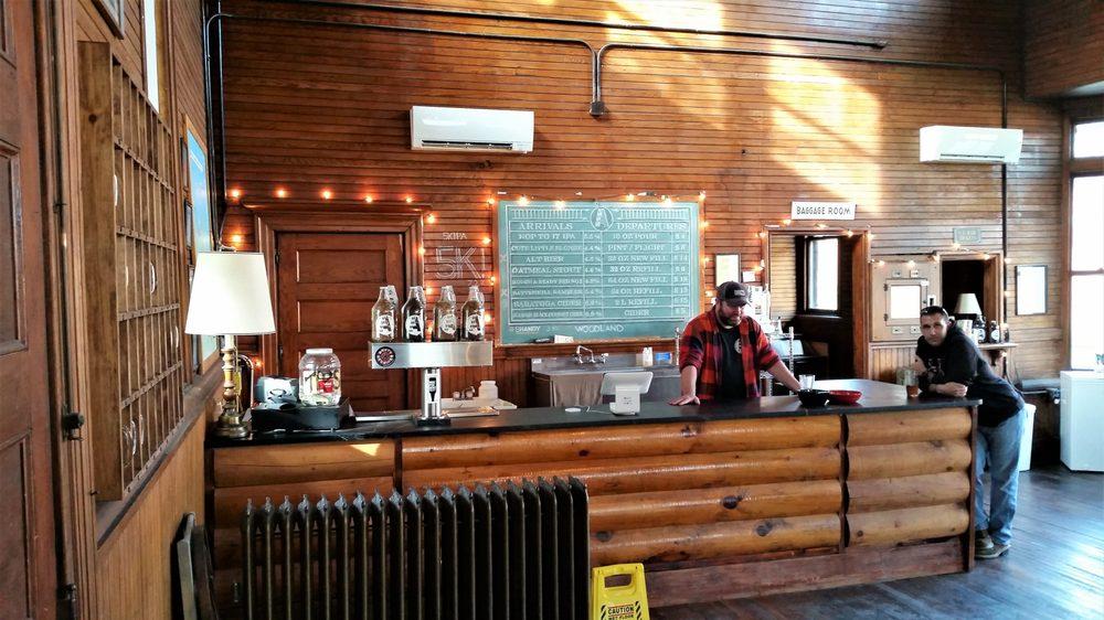 Argyle Brewing Company: 6 Broad St, Cambridge, NY