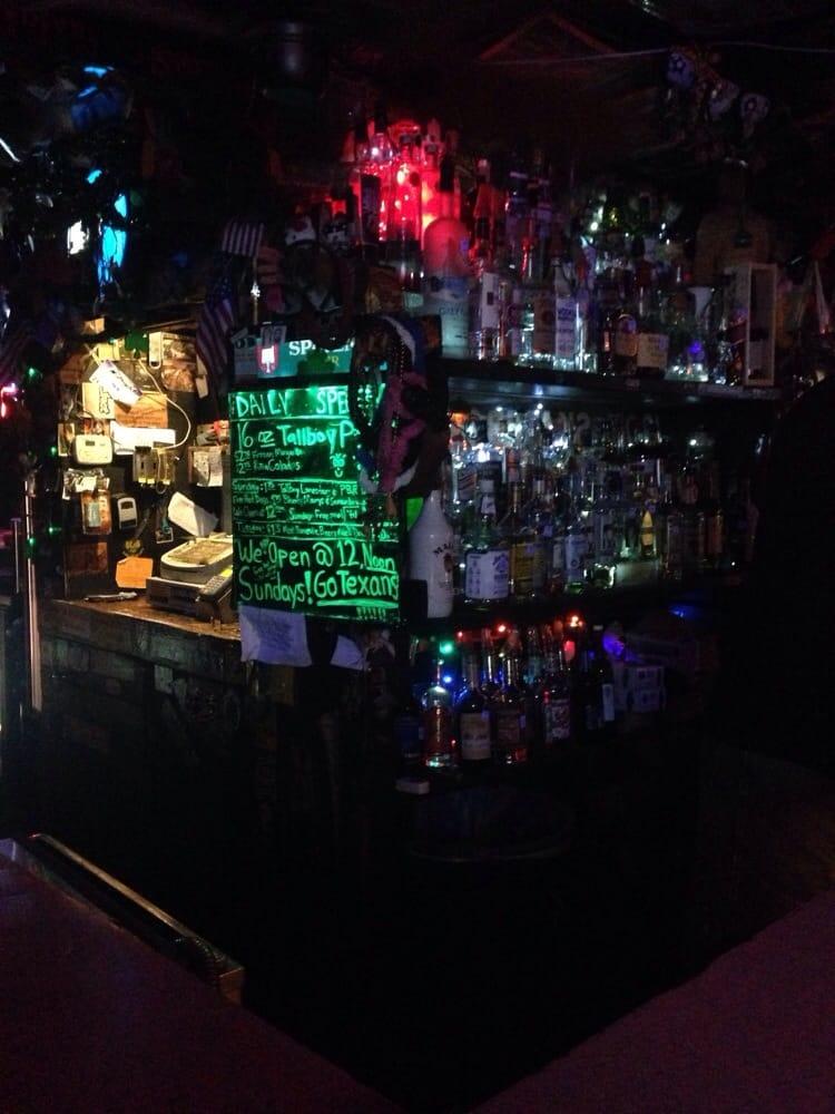 Lola s depot 62 photos 102 reviews dive bars 2327 - Dive bar definition ...