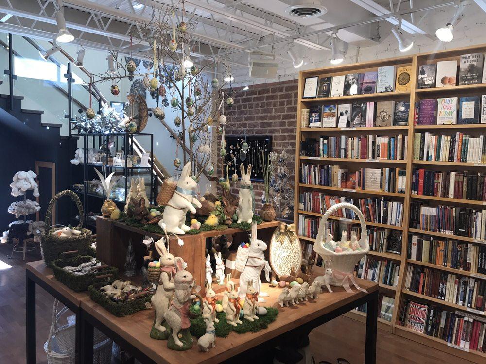 Dogwood Books & Gifts: 254 E Putnam Ave, Greenwich, CT