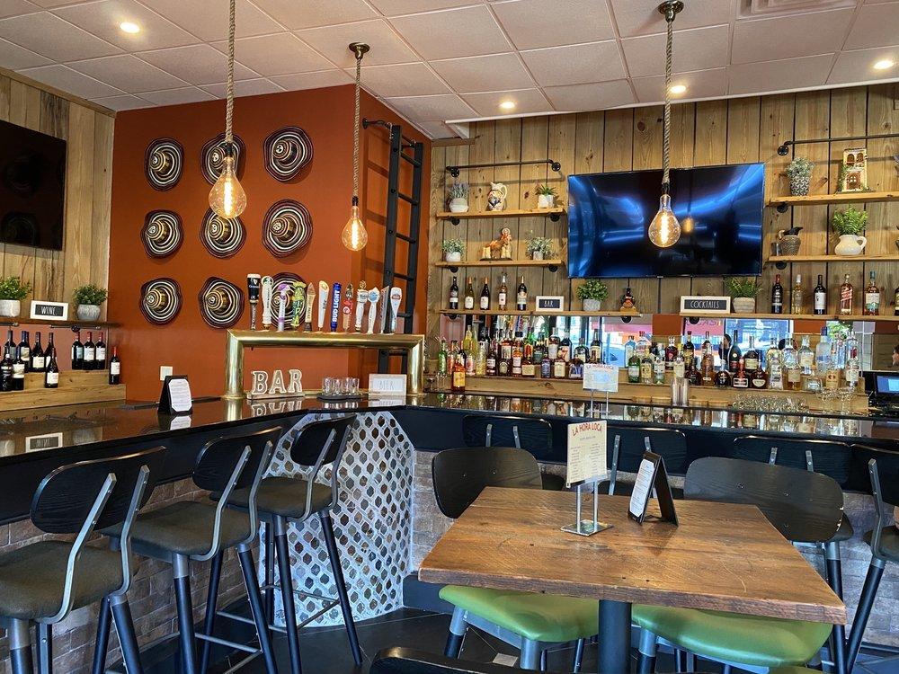 Mi Casa Es Tu Casa Restaurant & Bar: 20 S Station Plz, Great Neck Plaza, NY