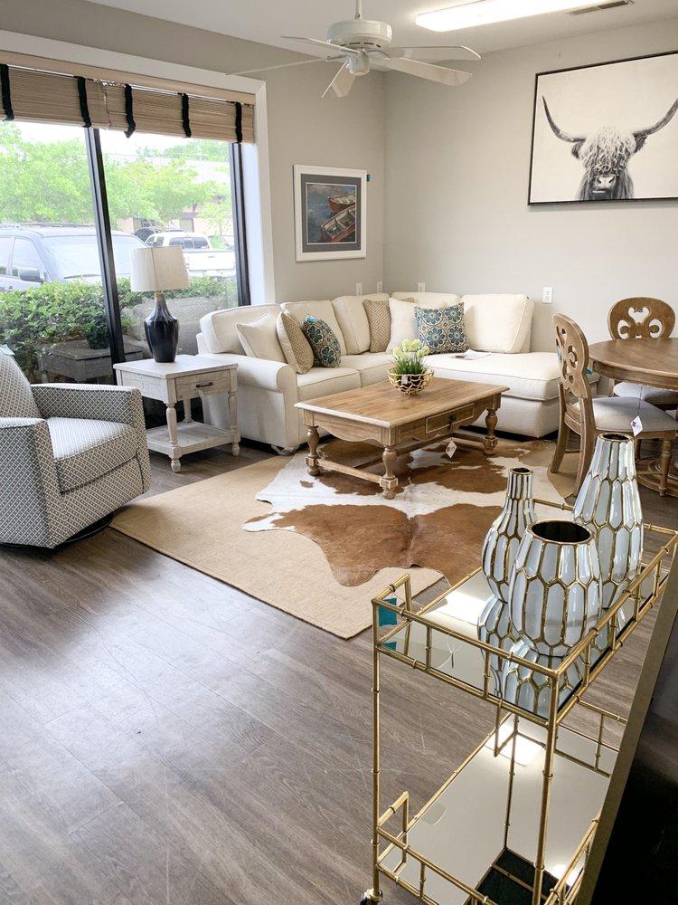Haven's Furniture: 492 A La Mesa Rd, Mount Pleasant, SC