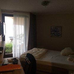 Villa am Rhein - International - Konrad-Adenauer-Allee 3, Andernach ...
