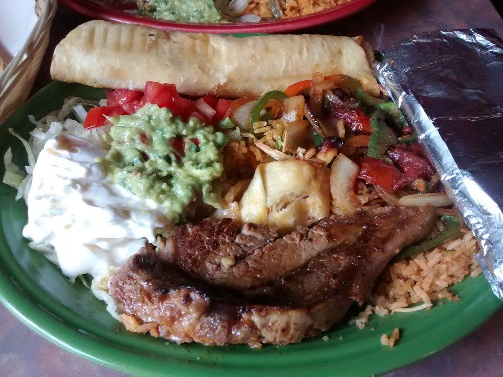 Cinco De Mayo Mexican Restaurant: 200 Hwy 67, Lyons, IN