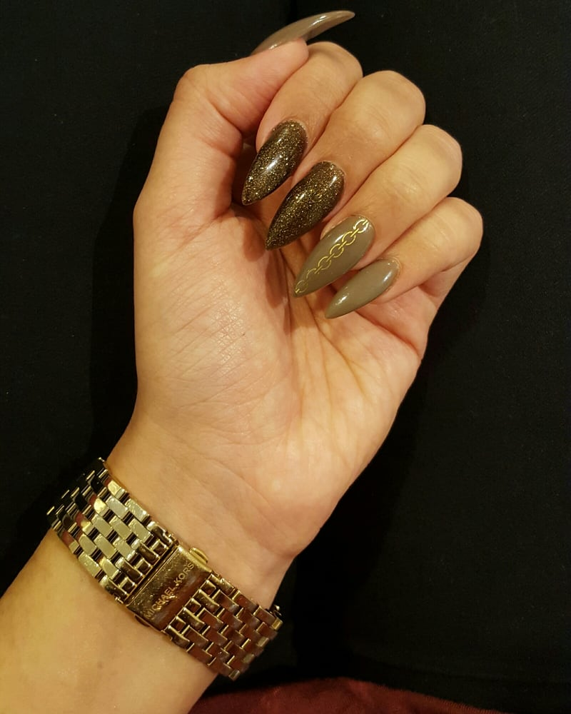 Metallics And Chains Love My New Set!