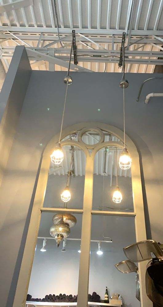 Salon Whairhouse: 5753 Old Shell Rd, Mobile, AL