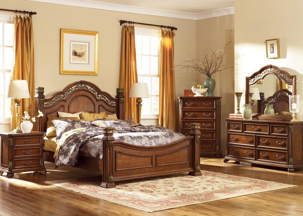 Laskey's Furniture & Carpet: 37 N Water Ave, Sharon, PA