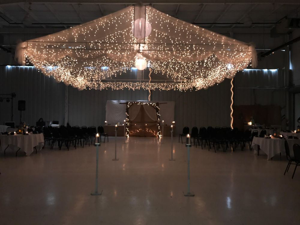 Indy Wedding DJs - Indianapolis Wedding Disc Jockey: 10489 N Meridian St, Indianapolis, IN