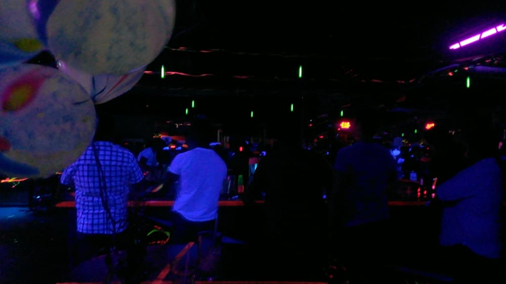 Essence Gay Bars San Antonio Tx Yelp