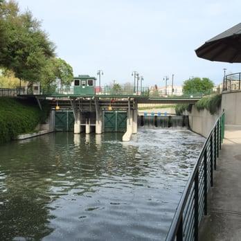 San Antonio River Lock Amp Dam 28 Photos Landmarks