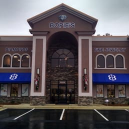 Bopie s diamonds fine jewelry jewelry 4914 yadkin rd for Jewelry stores in fayetteville nc