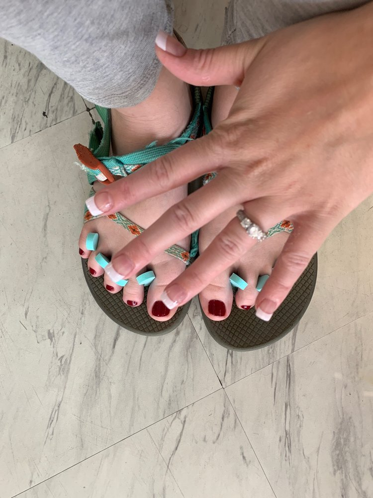Natural Nails: 113 E Parkway Dr, Russellville, AR