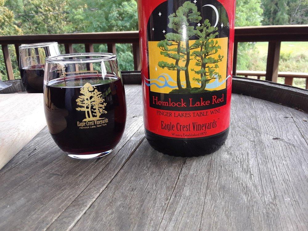 Eagle Crest Vineyards: 7107 Vineyard Rd, Conesus, NY