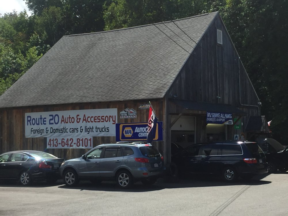 Route 20 Auto & Accessory: 1210 Russell Rd, Westfield, MA