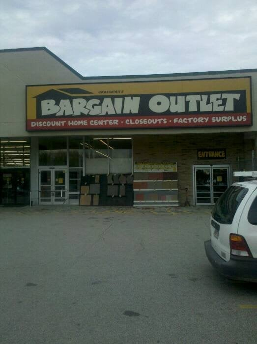 Grossman S Bargain Outlet Flooring 4 Airport Rd Dudley Ma Phone Number Yelp