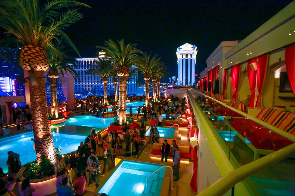 Hotels On Vegas Strip With Balconies