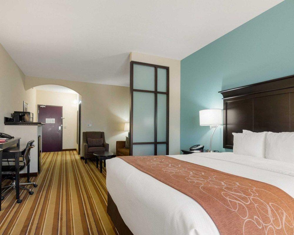 Comfort Suites: 6213 SW 10th St, Topeka, KS