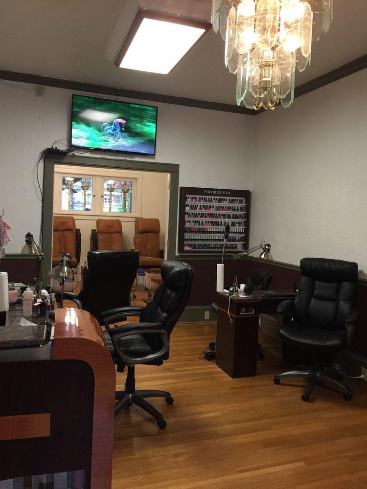Bu nails salon nail salons 261 w main st bloomsburg for A nail salon fort wayne in