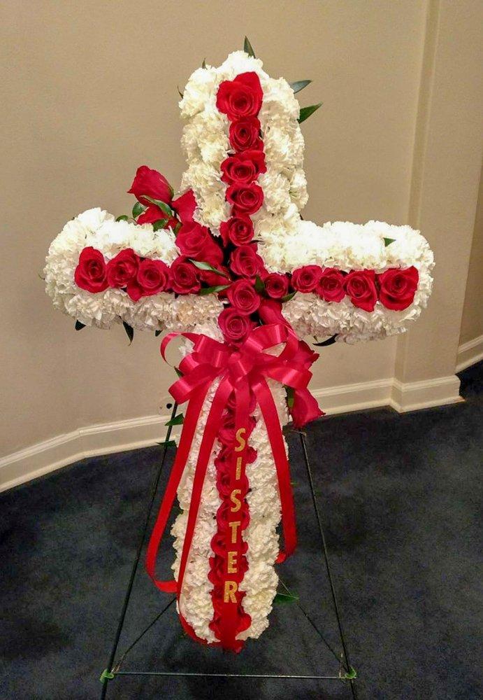Floral Designs By AnnaMarie: 525 Fm 1082, Abilene, TX