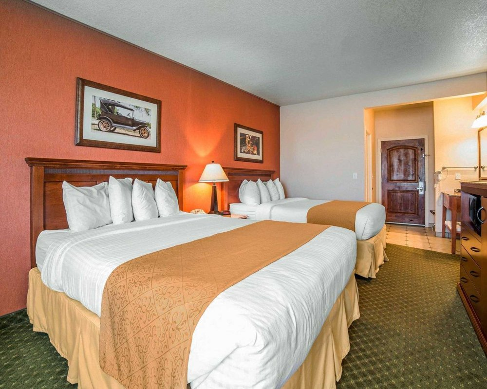 Quality Inn Winnemucca - Model T Casino: 1130 W Winnemucca Blvd, Winnemucca, NV