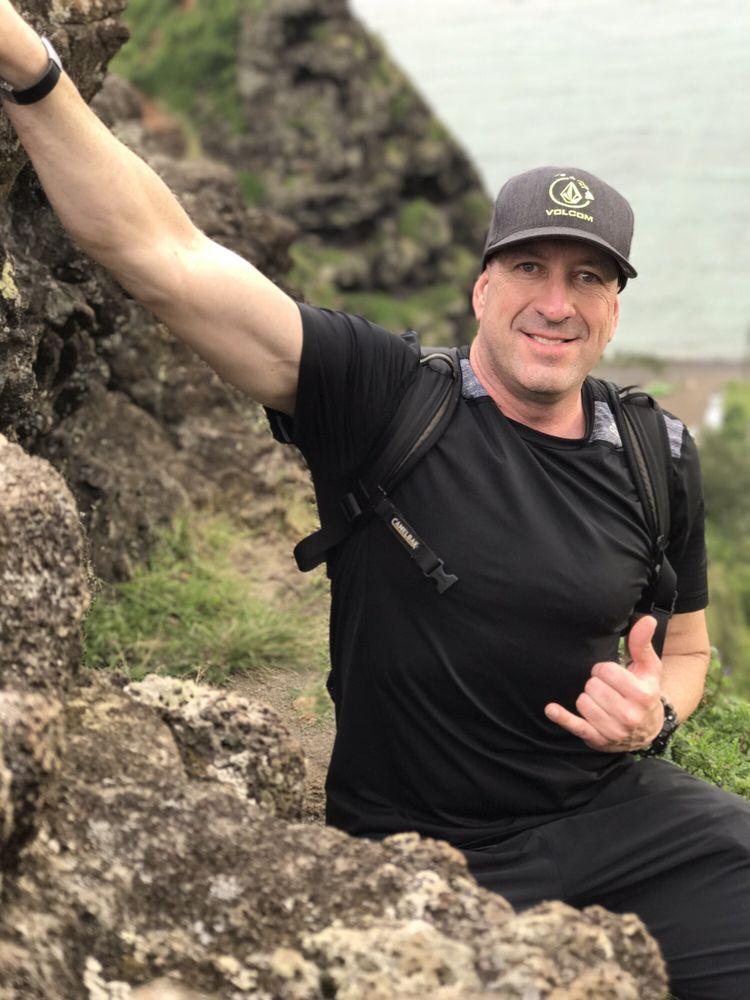 Pu'u Manamana Hiking Trail