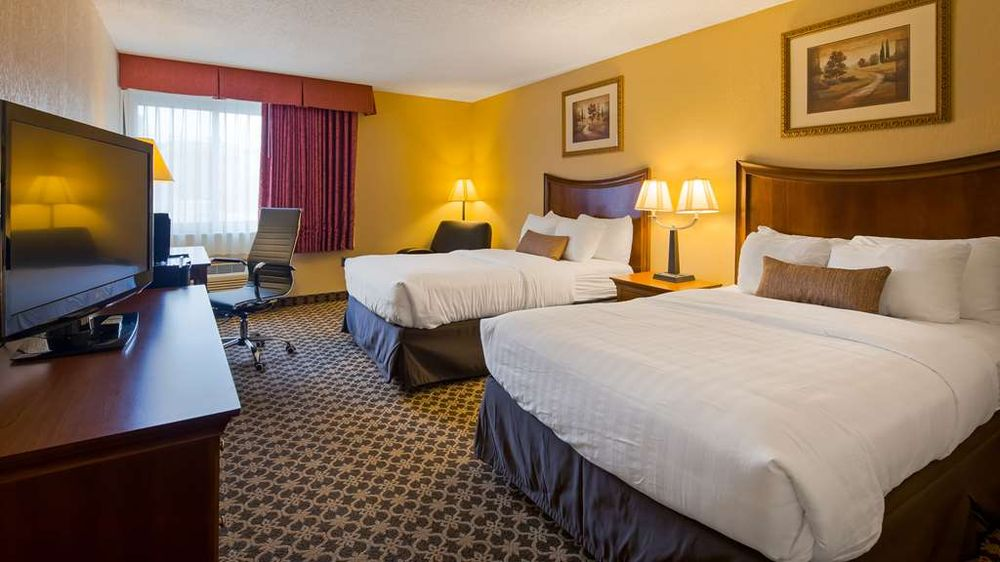 Best Western Wooster Hotel & Conference Center: 243 E Liberty, Wooster, OH