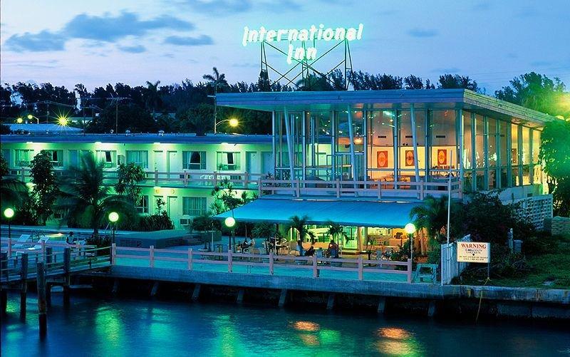 International Inn On the Bay