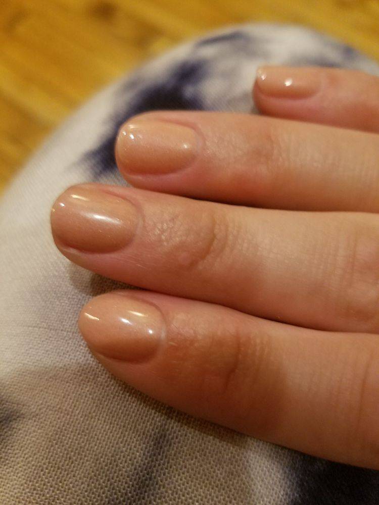 No chip, not painted to the cuticle, on nails filed way shorter that ...