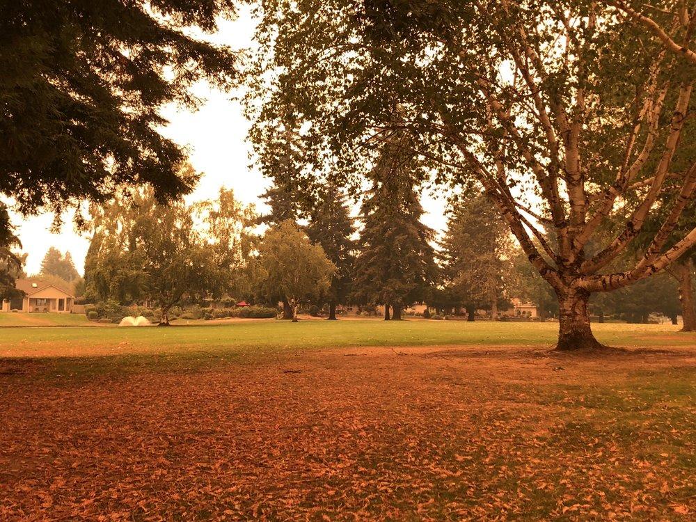 McNary Golf Club: 155 McNary Estates Dr N, Keizer, OR