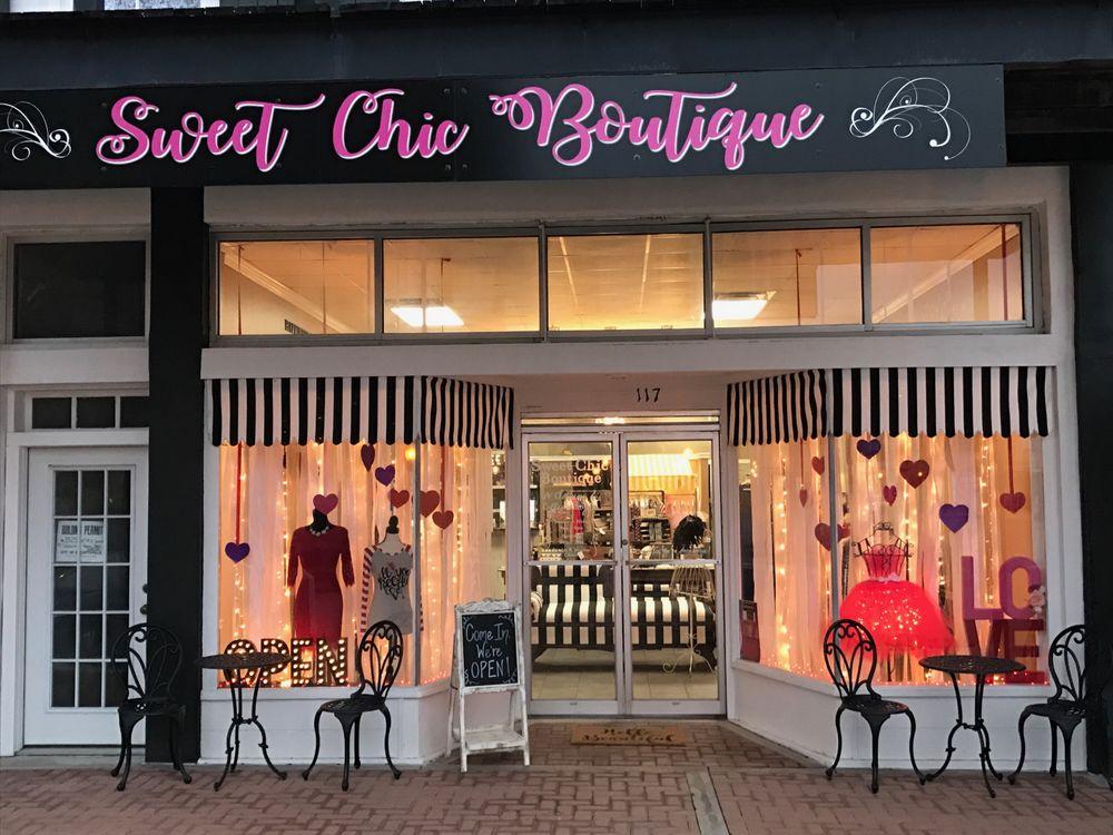 Sweet Chic Boutique: 117 E 2nd St, Hallettsville, TX