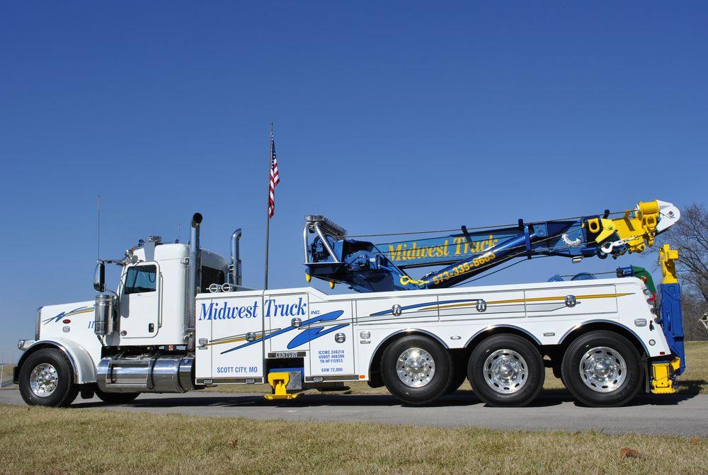 Midwest Truck Sales & Service: 3120 Nash Rd, Scott City, MO