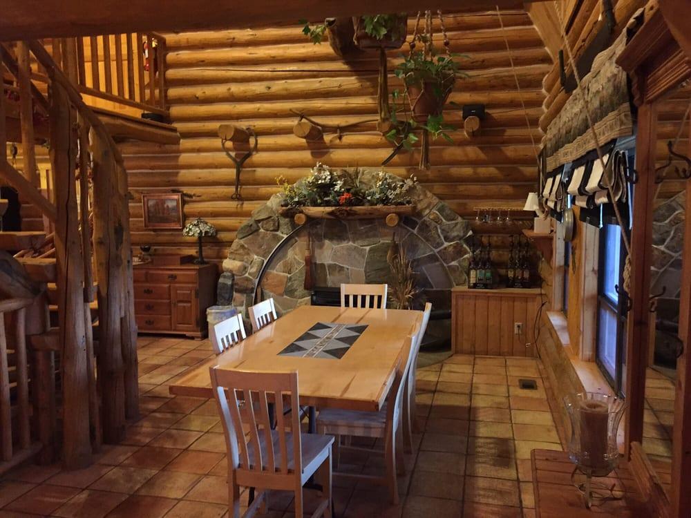 Snowberry Inn Bed & Breakfast: 1315 N Hwy 158, Eden, UT