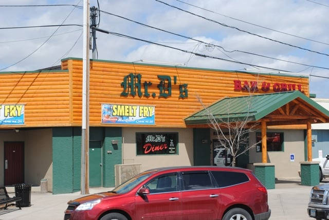 Mr. D's Bar & Grill: 5622 Grand Ave, Duluth, MN