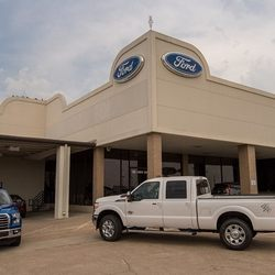 Autonation Ford Fort Worth >> AutoNation Ford South Fort Worth - 28 Reviews - Car Dealers - 5300 Campus Dr, Sycamore, Fort ...