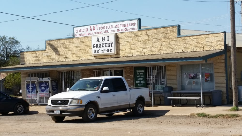 A & I Grocery: 549 Rodriquez Ave, Charlotte, TX