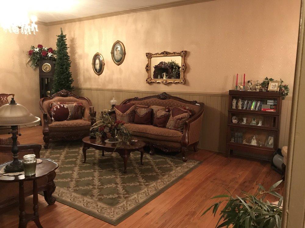 The Historic Wolf Hotel | 1 N Main St, Ellinwood, KS, 67526 | +1 (620) 617-6915