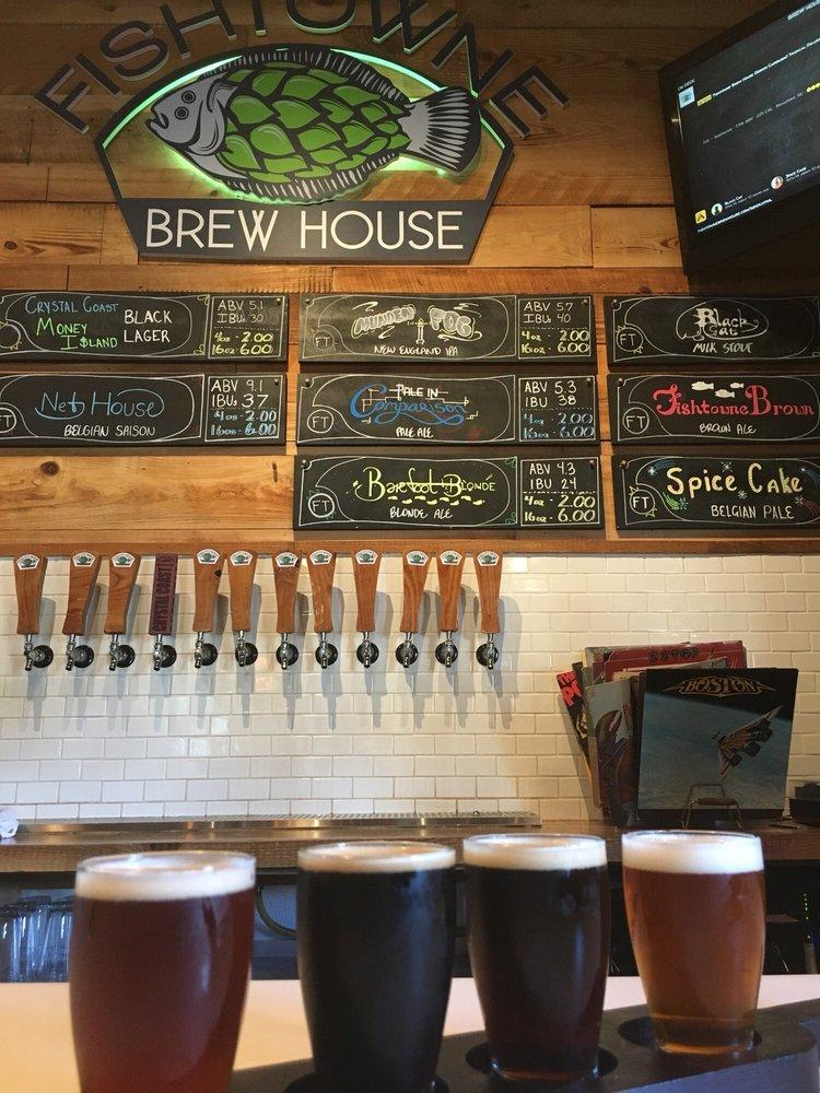 Fishtowne Brew House: 133 Turner St, Beaufort, NC
