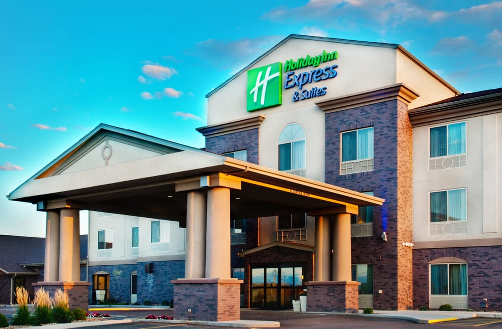 Holiday Inn Express & Suites Sheldon: 201 34th Ave, Sheldon, IA