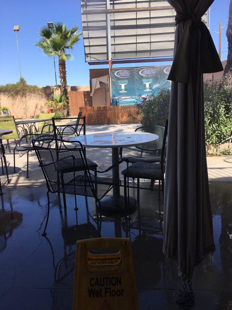 Airport Tavern: 1801 N Pinal Ave, Casa Grande, AZ