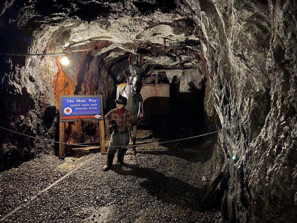 No. 9 Coal Mine & Museum: 9 Dock St, Lansford, PA