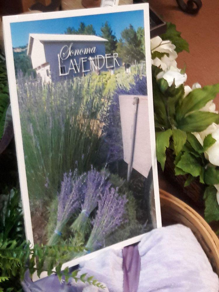 Roadman's Country Living Shoppe: Latrobe 30 Plz, Latrobe, PA
