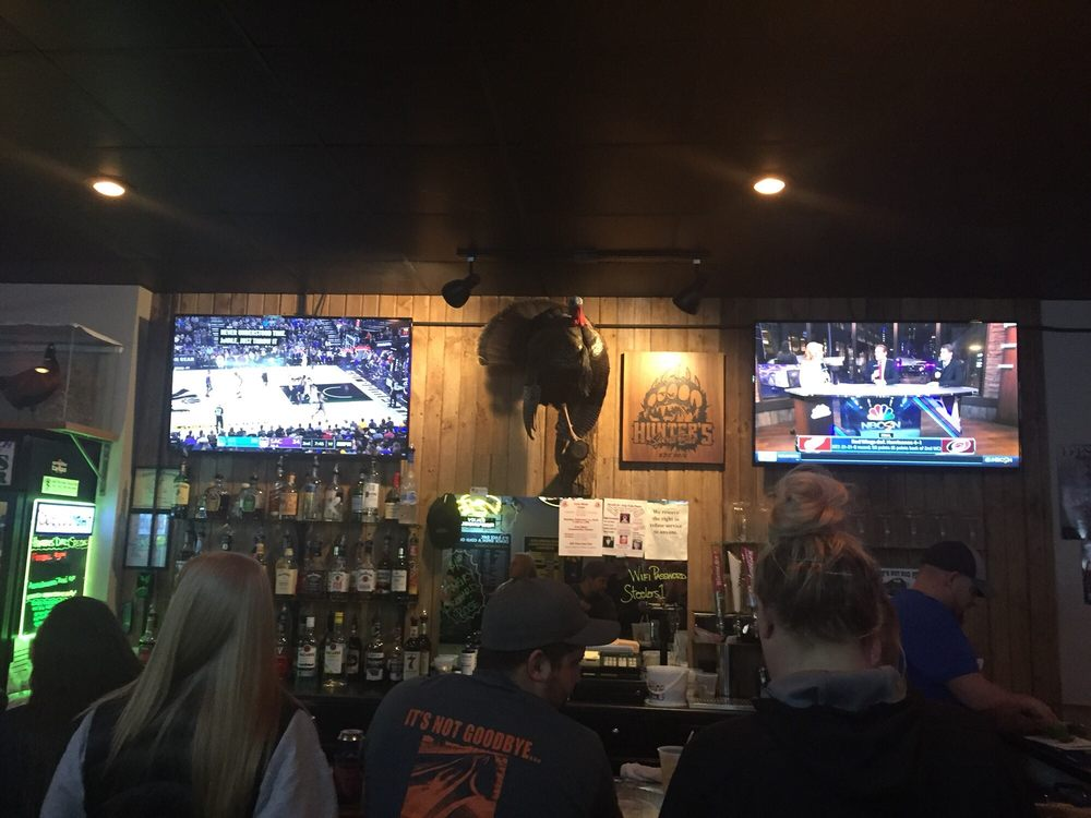 Cousins Tap: 106 3rd, Low Moor, IA
