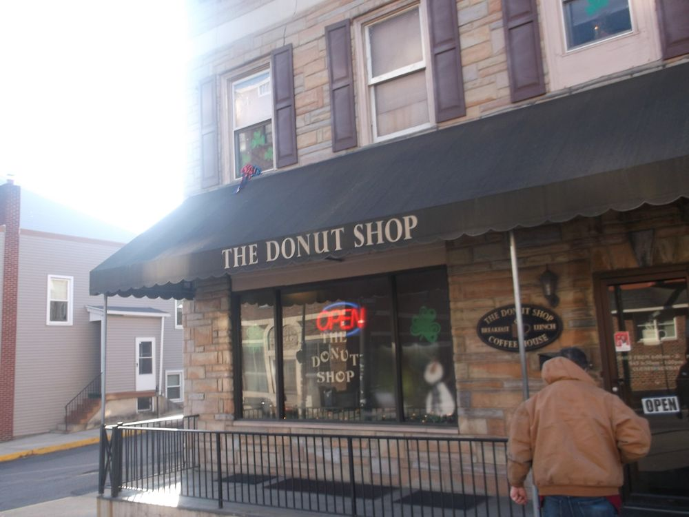 Donut Shop: 900 Centre St, Ashland, PA