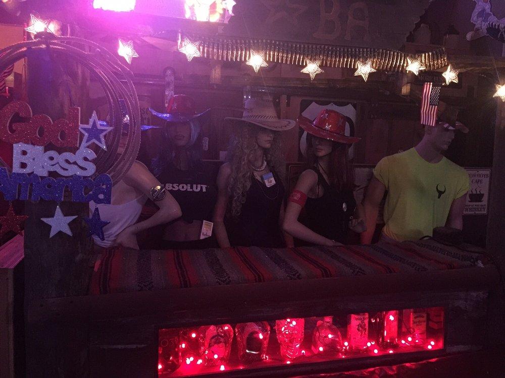 Wild Horses Saloon: 416 W Sullivan St, Globe, AZ