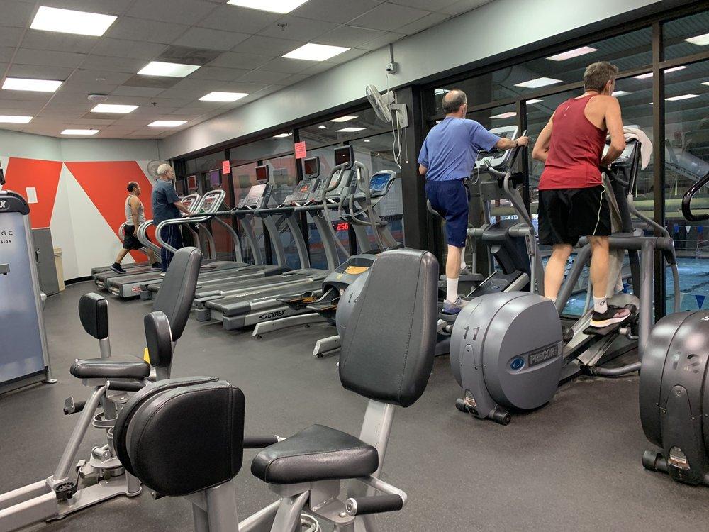 Providence Recreation Center: 7525 Marc Dr, Falls Church, VA