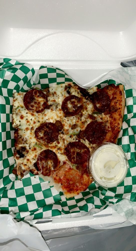 YO! Pizza & Fries: 2526 Rice St, Little Canada, MN