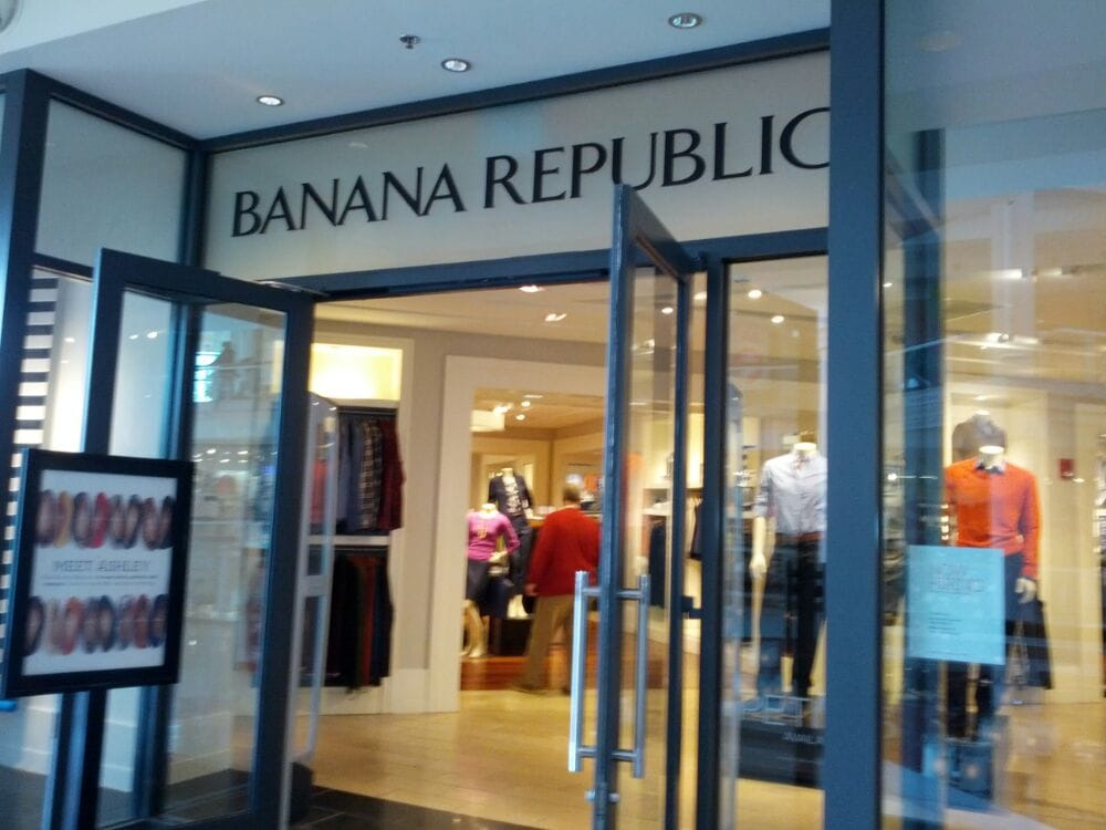 Banana Republic USA Customer Service Phone Number Phone Number of Banana Republic USA is / () / () Banana Republic is an online clothing retail store.